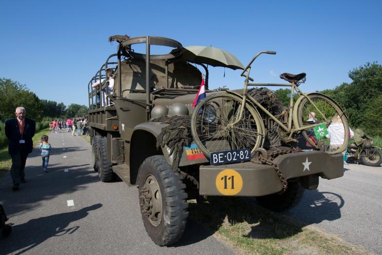 VAZ-004