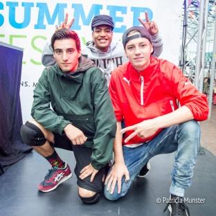 Breakdancers poseren