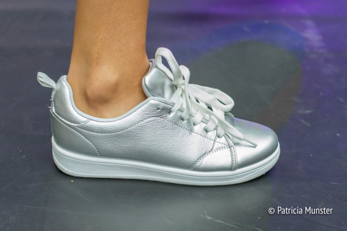 Zilveren sneakers