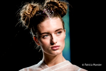 Elke-van-Zuylen-NONOCAKE-Mercedes-Benz-FashionWeek-Amsterdam-Patricia-Munster-003