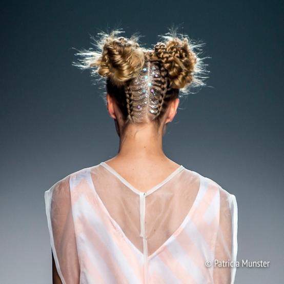 Elke-van-Zuylen-NONOCAKE-Mercedes-Benz-FashionWeek-Amsterdam-Patricia-Munster-014