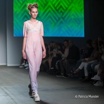 Elke-van-Zuylen-NONOCAKE-Mercedes-Benz-FashionWeek-Amsterdam-Patricia-Munster-016