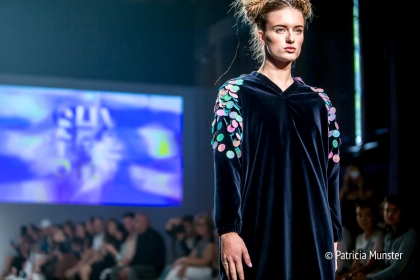 Elke-van-Zuylen-NONOCAKE-Mercedes-Benz-FashionWeek-Amsterdam-Patricia-Munster-026