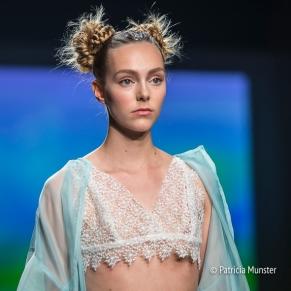 Elke-van-Zuylen-NONOCAKE-Mercedes-Benz-FashionWeek-Amsterdam-Patricia-Munster-030