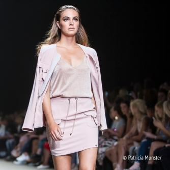 Given-FashionWeek-Amsterdam-Patricia-Munster-002