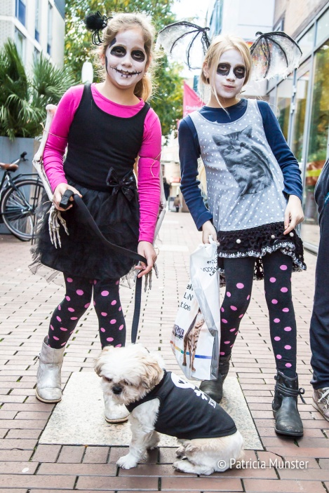 halloween-dog-parade-zoetermeer-patricia-munster-28