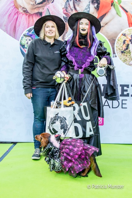 halloween-dog-parade-zoetermeer-patricia-tjepkema-dierenparadijs-award-winner-patricia-munster-2