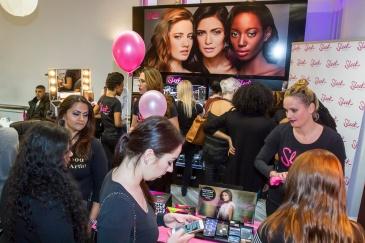 sleek-makeup-pop-up-store-big-beauty-awards-2016-1