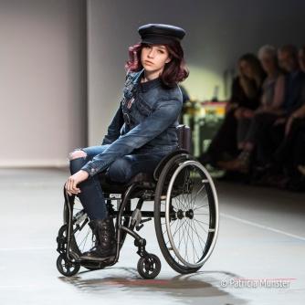 Sue Fashion on Wheels