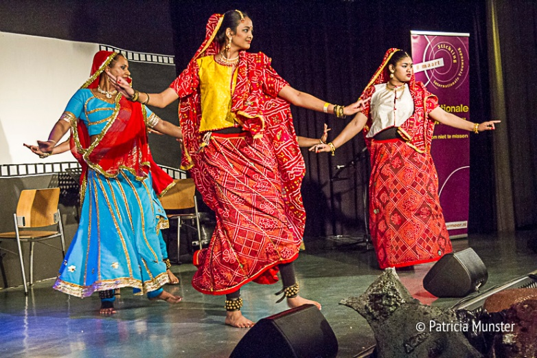 Dansschool-Sukhai-Vrouwendag-Zoetermeer-Fotograaf-Patricia-Munster-003