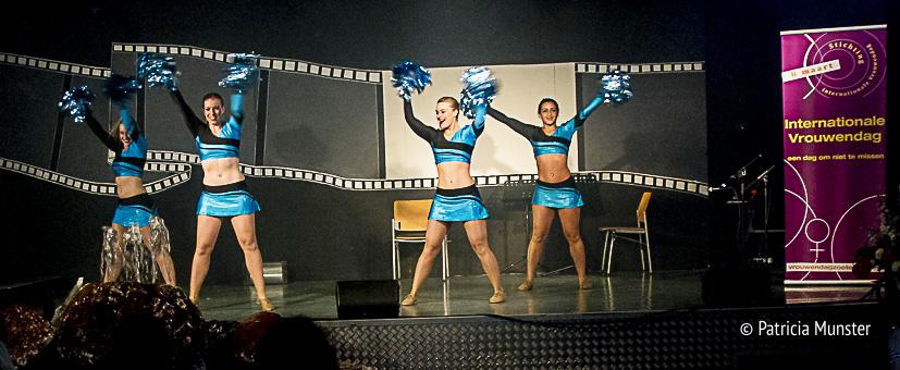 United-Cheers-Cheerleaders-Vrouwendag-Zoetermeer-Fotograaf-Patricia-Munster-001
