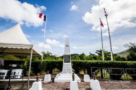 Border monument in Saint Martin