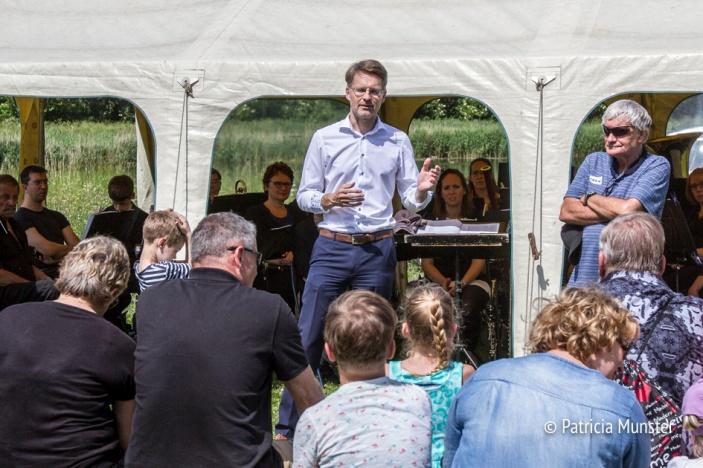 Robin Paalvast opent de zesde Westerparkdag