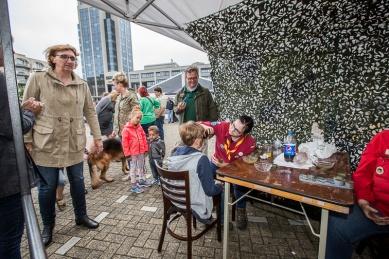 Schminken door scouts van JMC Veteranendag 2017 Zoetermeer
