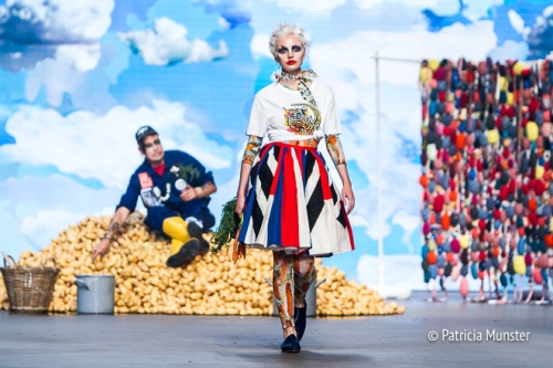 #Iprotecttigers t-shirt for WWF Bas Kosters 'My paper crown' at Amsterdam Fashion Week