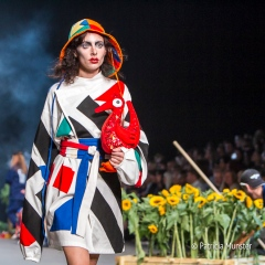 Bas Kosters 'My paper crown' at Amsterdam Fashion Week