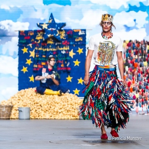 I protect tigers at Bas Kosters 'My paper crown' at Amsterdam Fashion Week