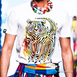 #Iprotecttigers T-shirt at Bas Kosters 'My paper crown' at Amsterdam Fashion Week