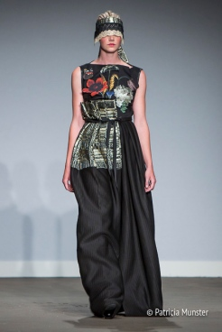 Still-life of flowers - Golden age on dress by Maaike van den Abbeele at Fashionweek Amsterdam