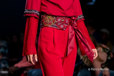 Embroidered belt of Merel van Glabbeek at Amsterdam Fashion Week