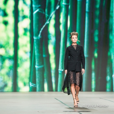 Kim Feenstra for Tony Cohen at Amsterdam Fashion Week - Bamboo background