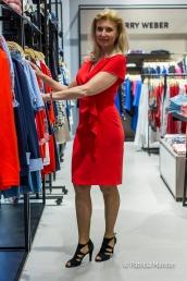 Rode jurk bij Gerry Weber Zoetermeer