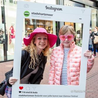Selfie maken maken het instagram bord van het Stadshart