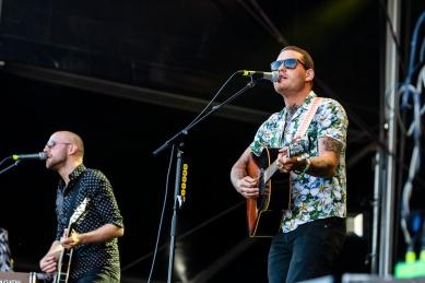 Douwe Bob op bevrijdingsfestival Zoetermeer
