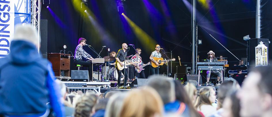 Douwe Bob Douwe Bob op Bevrijdingsfestival Zoetermeer 2018
