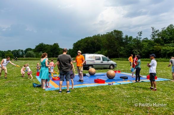 Leren jongleren bij Circus Nevermind