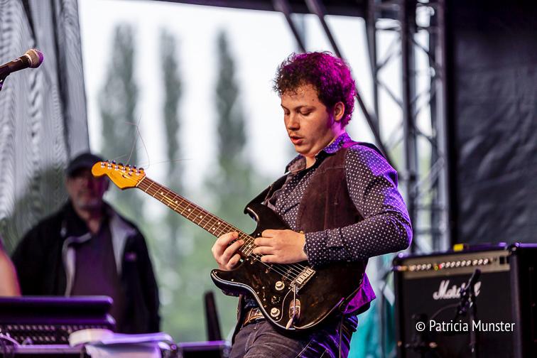 Chivy Kuhles van The Dynamics op het Blues Festival Zoetermeer
