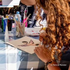 Engeltjes tekenen voor een goed doel bij Rastaplas 2018