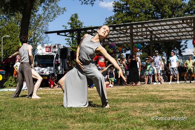 Indrukwekkend het optreden van Youri en Julie van Popup Dance