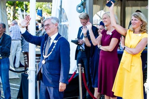 Burgemeester Aptroot en wethouders Margreet van Driel en Ingeborg Ter Laak