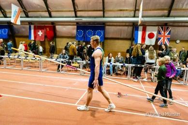 Mooi poging van Menno Vloon om het Nederlands record polsstokhoogspringen te breken
