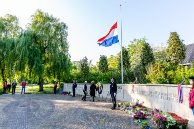 Herdenking-4mei2020-Foto-Patricia-Munster-129
